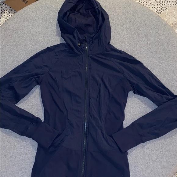 lululemon athletica Jackets & Blazers - Lululemon in flux jacket in navy size 6